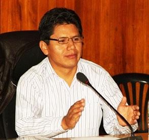 Gudberto Carrera Padilla, es el nuevo Consejero Delegado del Consejo Regional,  quien fue elegido con 13 votos frente a su contendor Juan Benigno Chuiz Villanueva, representante de la provincia del Santa.